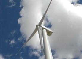 wind-turbine-with-sky